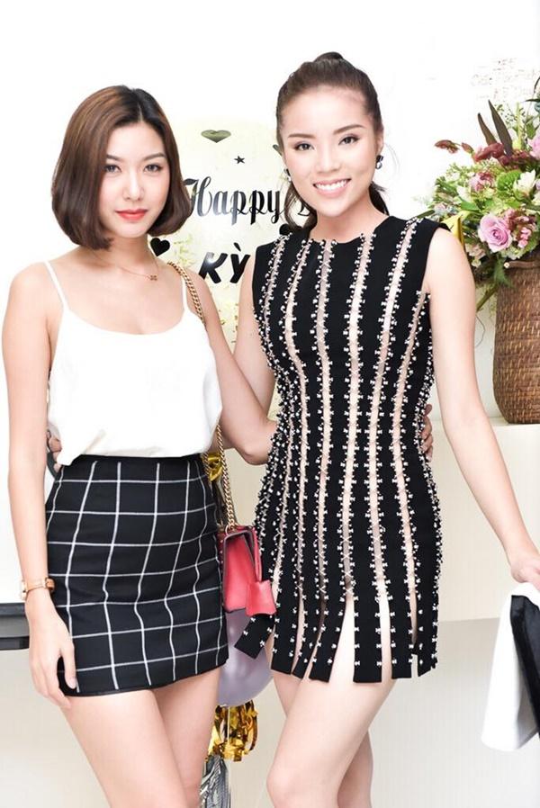 Hoa hậu Kỳ Duyên liên tiếp mặc táo bạo sau khi Nam tiến - 1