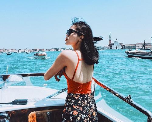 Hoa hậu Kỳ Duyên liên tiếp mặc táo bạo sau khi Nam tiến - 9