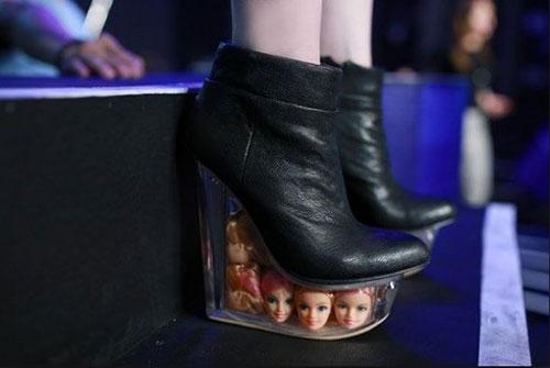"""Chiêm ngưỡng loạt giày """"độc dị"""" nhất của kiều nữ Việt - 10"""