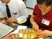 Tài chính - Bất động sản - Giá vàng hôm nay 23/11: Vàng giảm, USD lại tăng mạnh