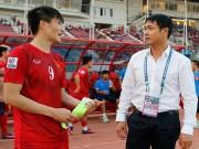 Bóng đá - HLV Hữu Thắng & Công Vinh tố cầu thủ Malaysia đá láo