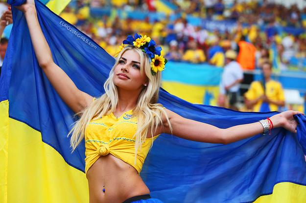 """Miền gái đẹp: Nhan sắc Ukraine khiến mày râu """"quên lối về"""" - 3"""