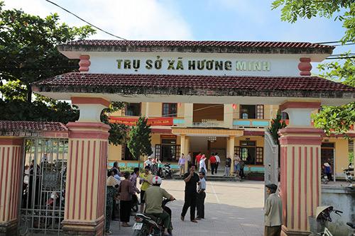 LOTTE Mart trao 600 phần quà cứu trợ cho đồng bào 2 tỉnh Hà Tĩnh, Quảng Bình - 2