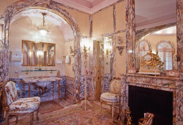 """Thâm nhập """"cung điện"""" gần 70.000 m2 của Donald Trump - 8"""