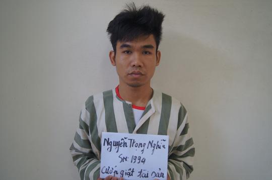 Ra tù chưa lâu lại giở trò cướp giật - 1