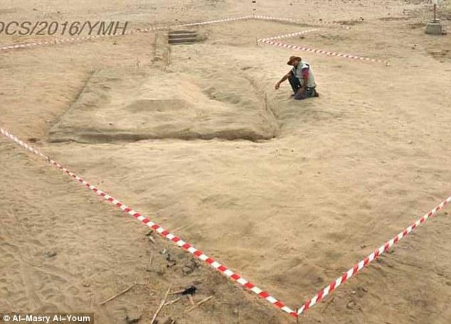 Ai Cập khai quật thành phố bí ẩn 7.000 năm tuổi - 1