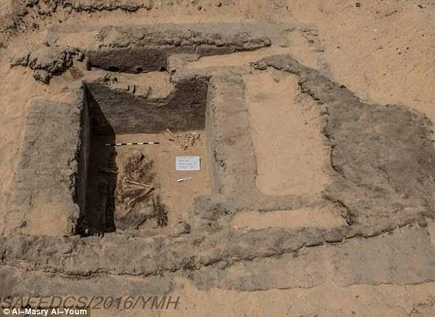 Ai Cập khai quật thành phố bí ẩn 7.000 năm tuổi - 3