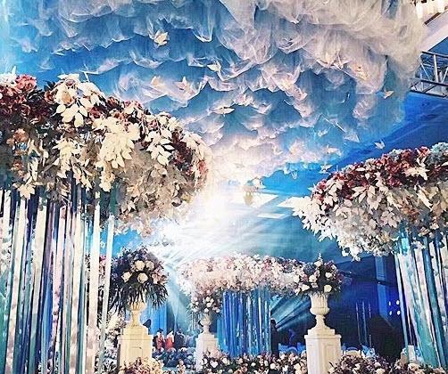 Phì cười với quà cưới bất ngờ trong đám cưới trăm tỷ - 5