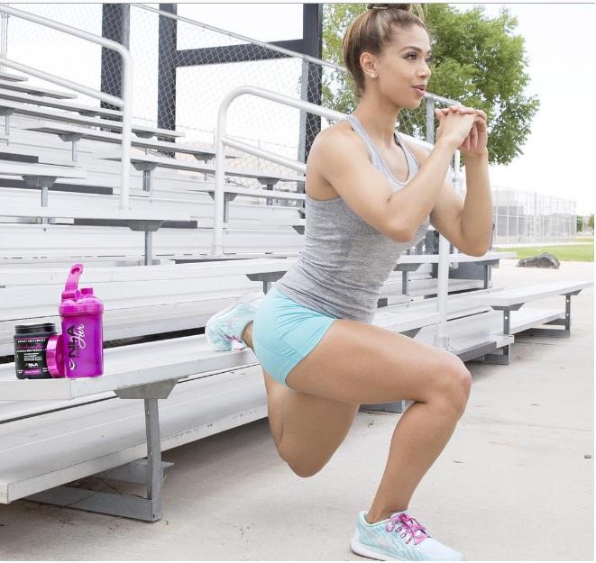 Muốn tập gym ngay khi thấy mỹ nữ Brazil gợi tình này - 3