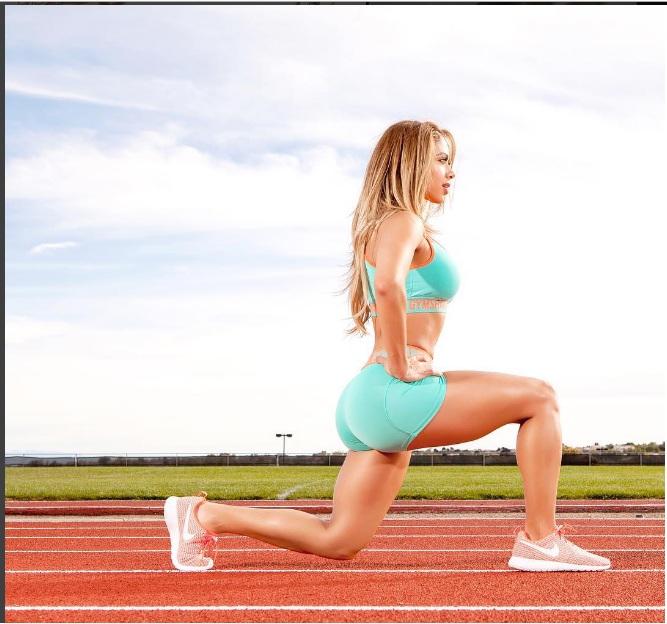 Muốn tập gym ngay khi thấy mỹ nữ Brazil gợi tình này - 11