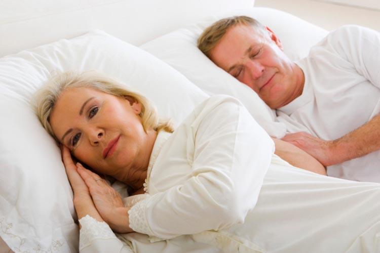 Cách đơn giản nhất để tăng số giờ ngủ ngon cho phụ nữ sau 35 - 1