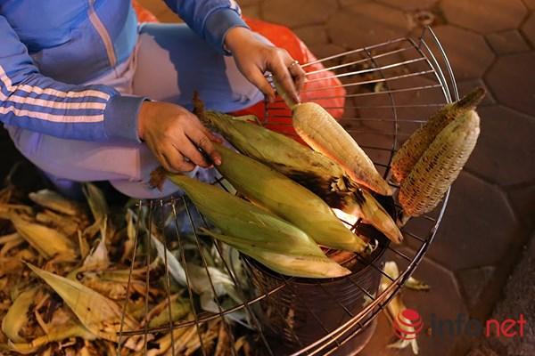 Những món ăn vỉa hè đặc trưng của mùa đông Hà Nội - 3