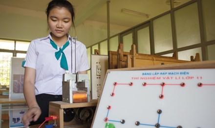 Nữ sinh trường huyện sáng chế phanh điện từ - 1