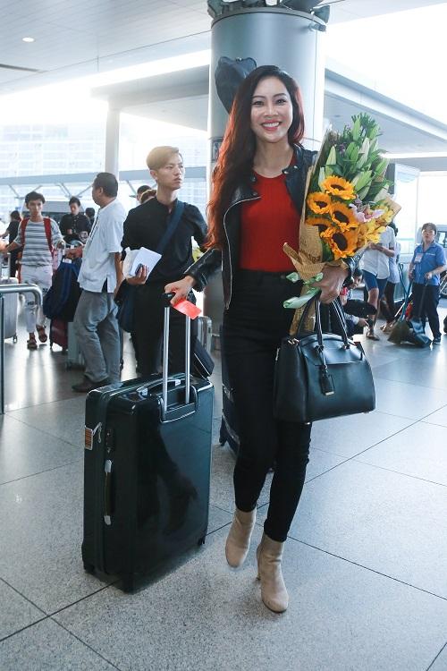 Hoa khôi Diệu Ngọc mang 100kg hành lý đi thi Miss World - 2