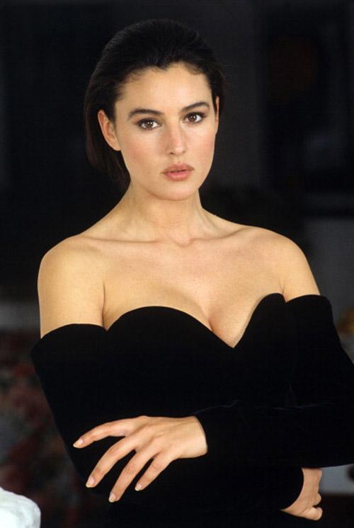 Miền gái đẹp: Bí ẩn vẻ sexy choáng ngợp của phụ nữ Ý - 1