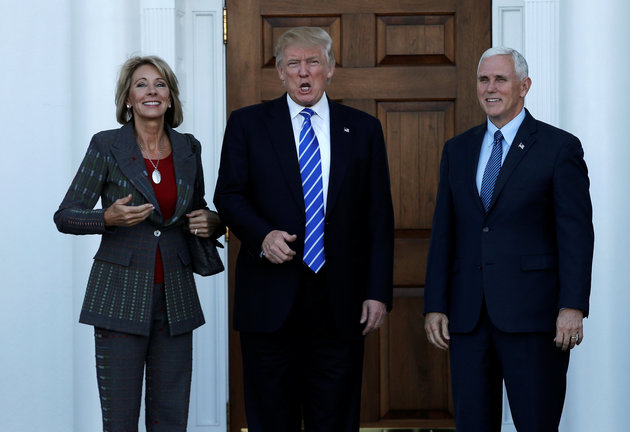 Dàn lãnh đạo thiếu kinh nghiệm nhất lịch sử thời Trump - 1