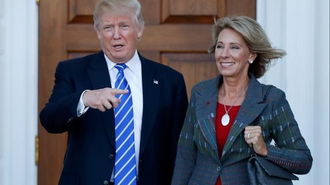 Dàn lãnh đạo thiếu kinh nghiệm nhất lịch sử thời Trump - 2