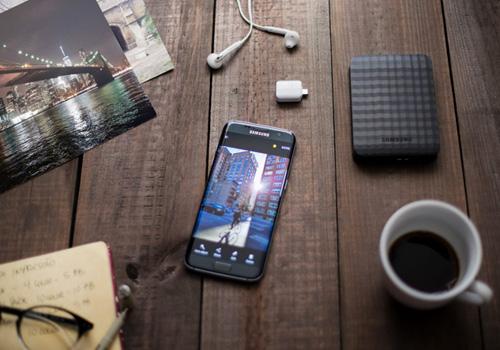 Galaxy S7 edge và hấp lực từ những sắc màu đa dạng - 2