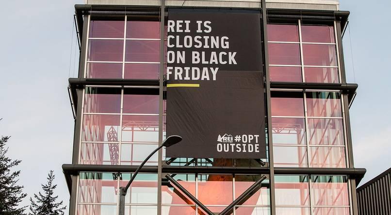 Nhiều cửa hàng Mỹ thờ ơ, đóng cửa dịp Lễ Tạ Ơn - 1
