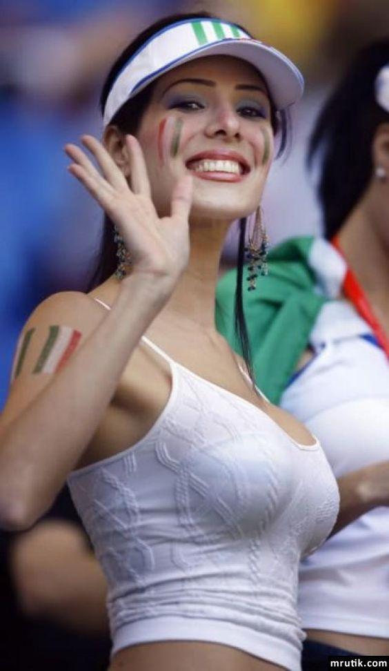 Miền gái đẹp: Bí ẩn vẻ sexy choáng ngợp của phụ nữ Ý - 3