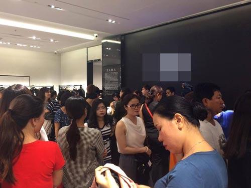 TP.HCM - Hà Nội: Black Friday và những hình ảnh đáng xem - 8