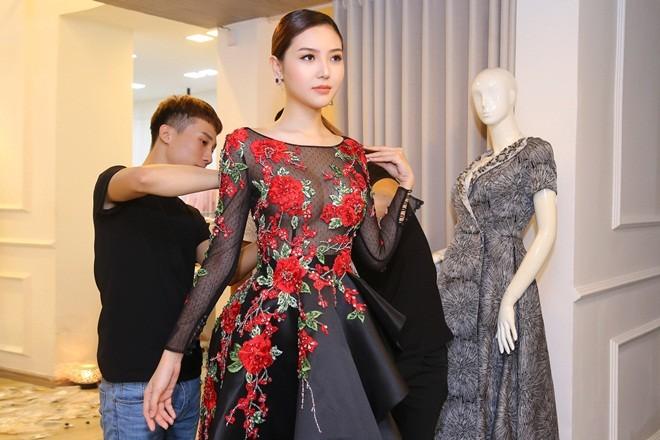 Mãn nhãn với váy áo lộng lẫy của Ngọc Duyên dự show nội y - 5