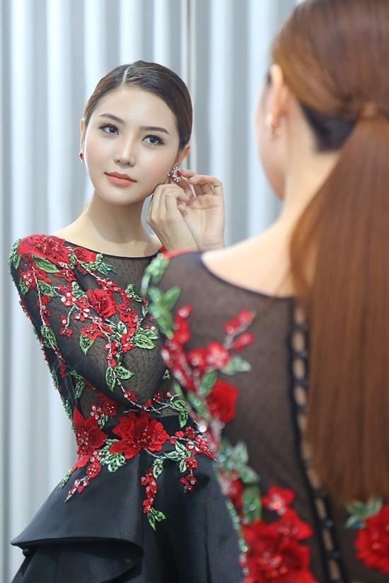 Mãn nhãn với váy áo lộng lẫy của Ngọc Duyên dự show nội y - 7