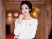 """Thời trang - Hoa hậu Mỹ Linh""""hút ánh nhìn"""" với váy trắng quyến rũ"""