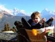 Hành trình đi qua 24 nước của cậu bé 6 tuổi