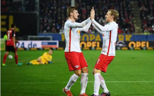 """Bundesliga: Thắng 7 trận liền, """"Leicester nước Đức"""" bay cao - 1"""