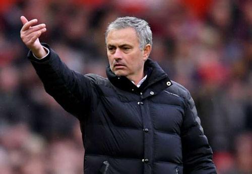 Mourinho thấy 9 điểm không là gì, MU sẽ vô địch - 1