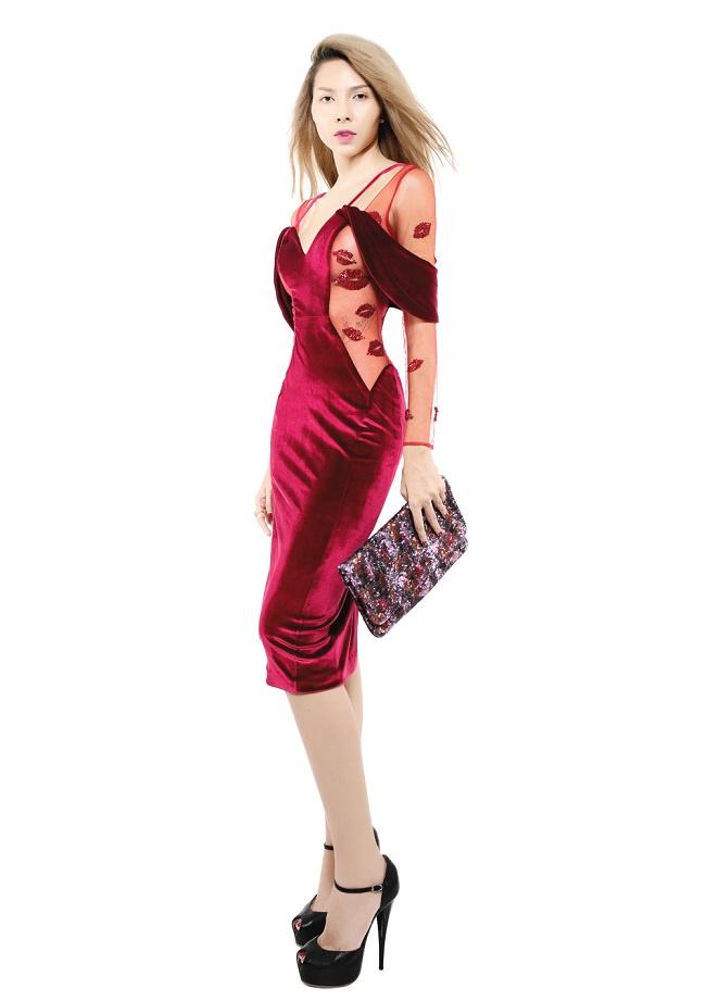 Chân dài Minh Triệu khác lạ với váy cắt xẻ tứ bề - 3