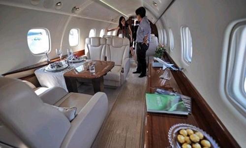 2 phi cơ nghìn tỷ và tài sản kếch xù của Thành Long - 10