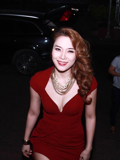 """Những vòng 1 mỹ nữ Việt không """"hạn chế"""" như người ta nghĩ - 2"""