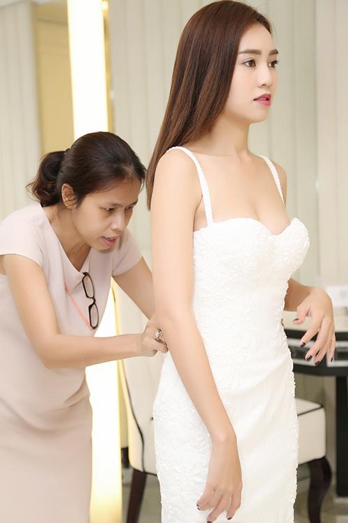 """Những vòng 1 mỹ nữ Việt không """"hạn chế"""" như người ta nghĩ - 8"""