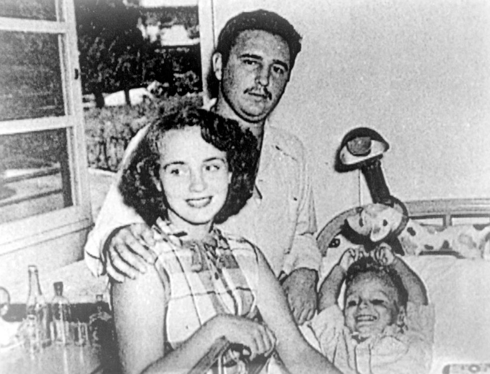 Cuộc đời oanh liệt của Fidel Castro qua 16 bức ảnh - 2