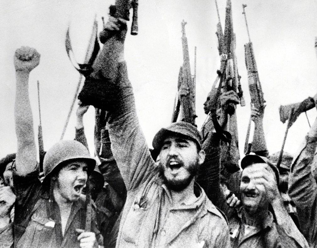 Cuộc đời oanh liệt của Fidel Castro qua 16 bức ảnh - 4