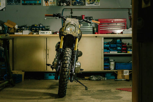 Ngắm Kawasaki W650 Scrambler độ hình xăm cực chất - 4