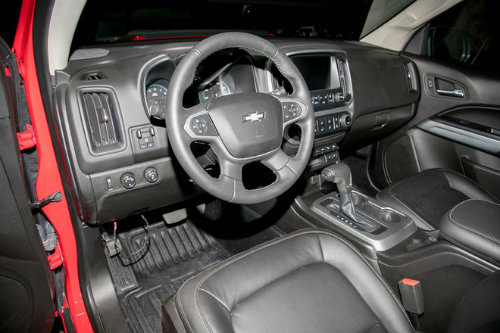 2017 Chevrolet Colorado ZR2 có hạ nổi Toyota Tacoma? - 5