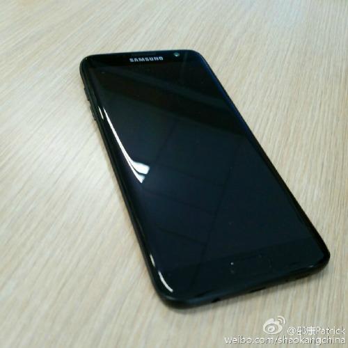 Lộ ảnh Samsung Galaxy S7 Edge màu đen bóng Glossy Black - 1