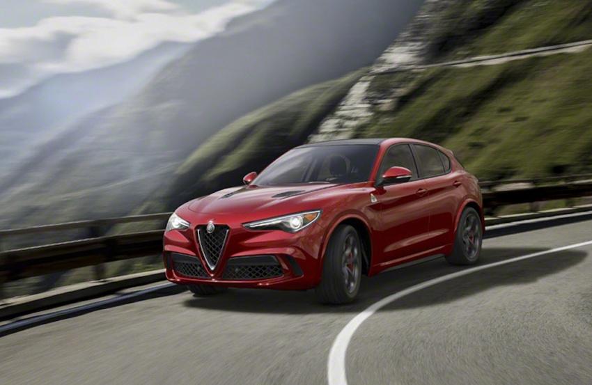 Alfa Romeo Stelvio: Bước đột phá thị trường crossover - 2