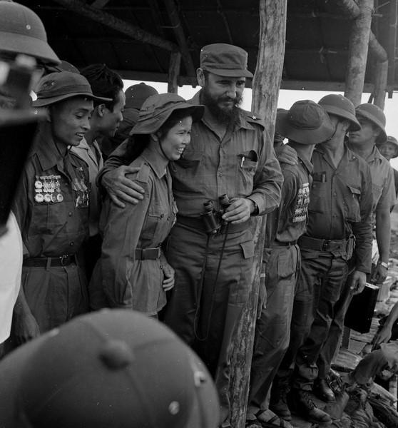 Lãnh tụ Cuba Fidel Castro từng bật khóc bên bờ Bến Hải - 3