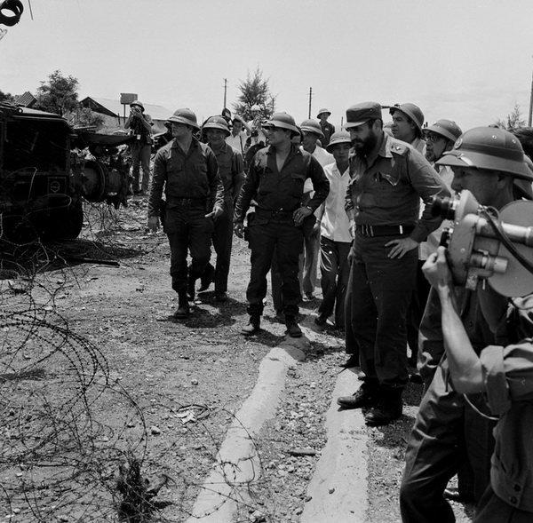 Lãnh tụ Cuba Fidel Castro từng bật khóc bên bờ Bến Hải - 4