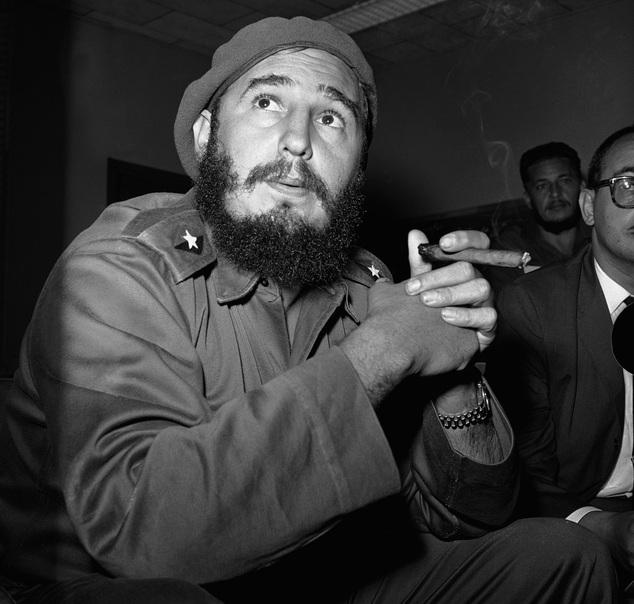 638 lần CIA âm mưu ám sát Fidel Castro - 1