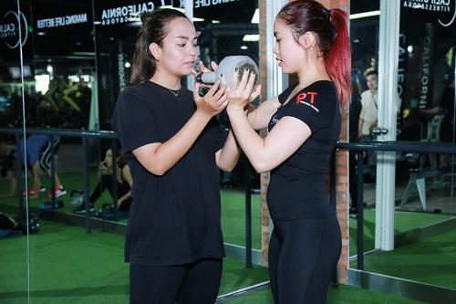 Lộ loạt ảnh tập gym của Quán quân bước nhảy ngàn cân 2016 - 7