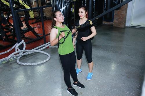 Lộ loạt ảnh tập gym của Quán quân bước nhảy ngàn cân 2016 - 12
