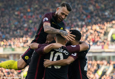 TRỰC TIẾP Burnley - Man City: Người hùng Aguero (KT) - 7
