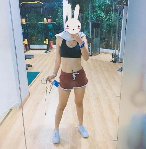 Hòa Minzy - Hoàng Yến Chibi: Ai tập gym gợi cảm hơn? - 7