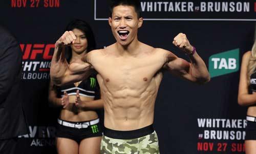 "UFC: Võ sỹ gốc Việt đánh ""La Pulga"" tối tăm mặt mũi - 1"
