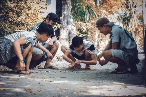 Bộ ảnh hồi ức tuổi thơ gây sốt của 4 chàng SV báo chí - 2